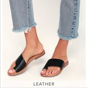 Chinese Laundry Grammy sandals